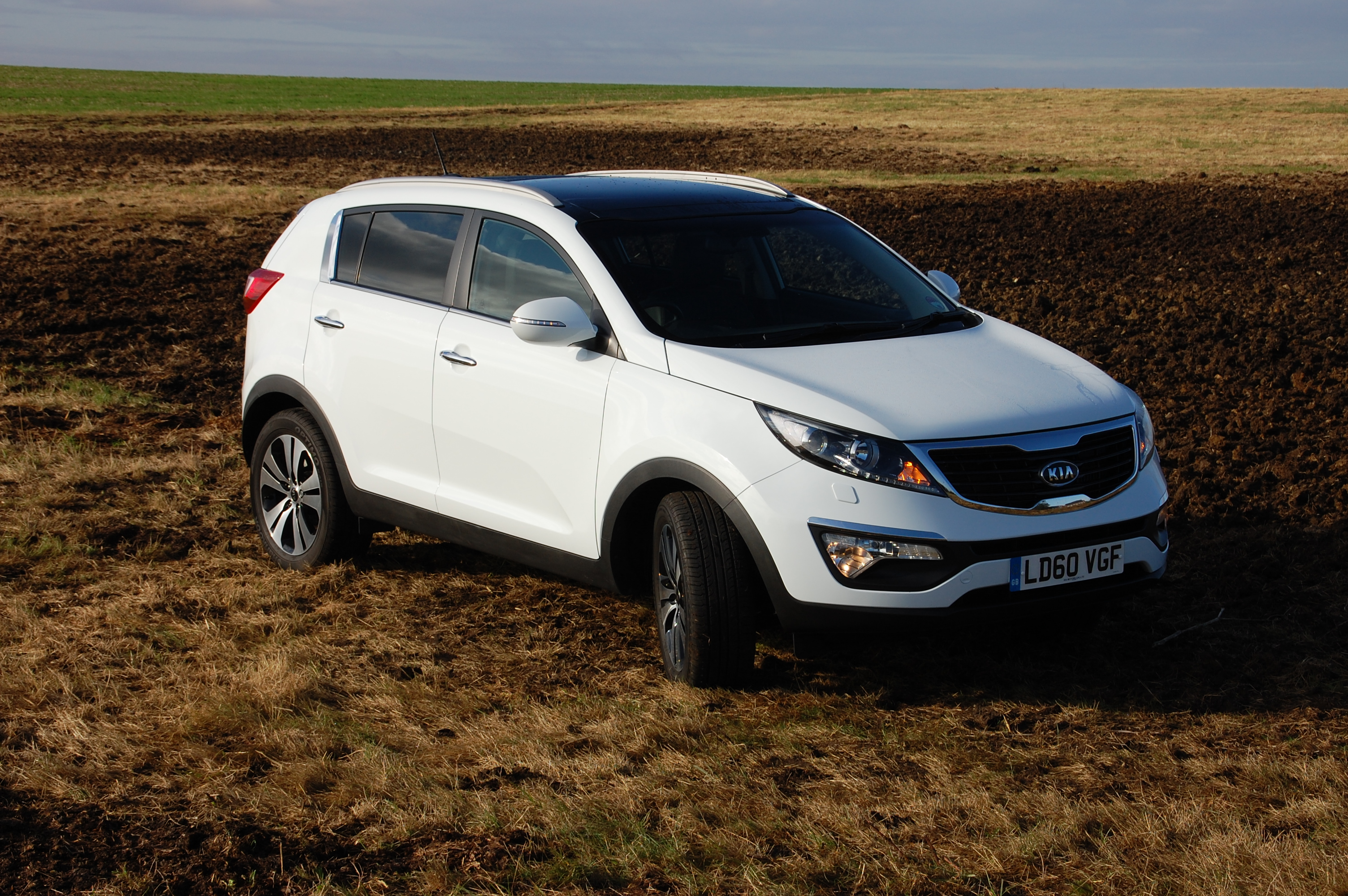 kia sportage 3 sat nav 1 7 crdi 2wd isg road test petroleum vitae. Black Bedroom Furniture Sets. Home Design Ideas