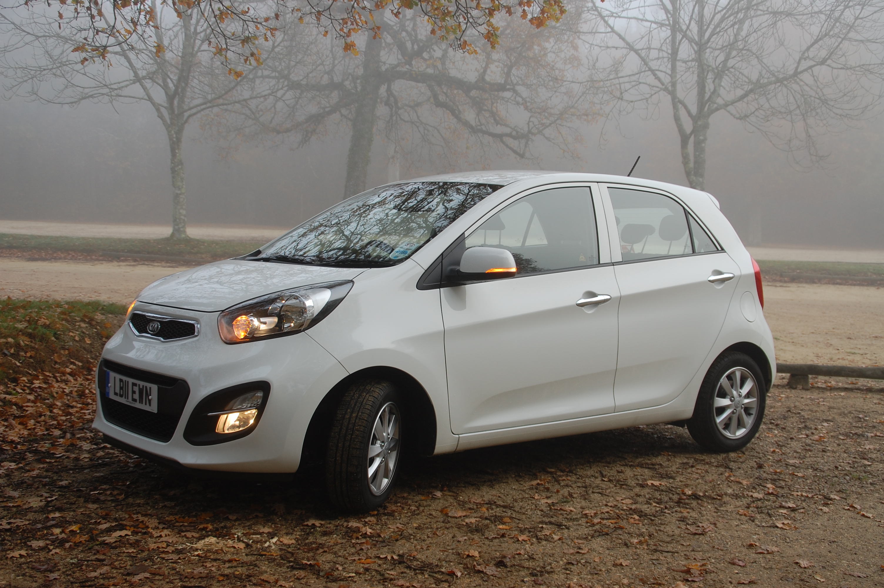 kia picanto 2 ecodynamics isg 5 door road test. Black Bedroom Furniture Sets. Home Design Ideas