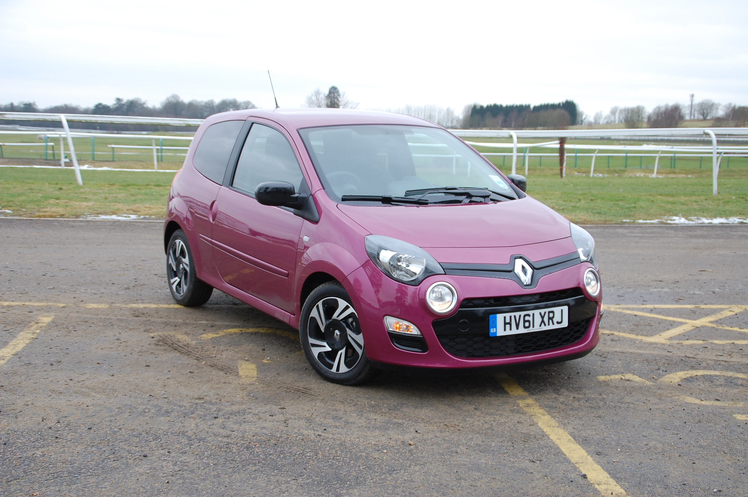 renault twingo dynamique 1 2 16v 75 first drive petroleum vitae. Black Bedroom Furniture Sets. Home Design Ideas