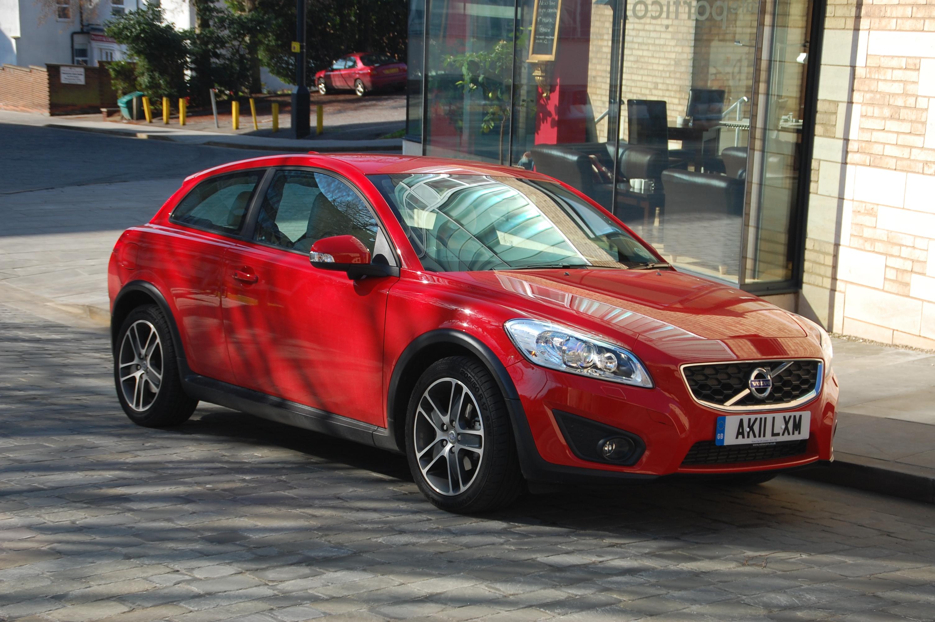 Volvo C30 DRIVe SE Lux Start/Stop Road Test « Petroleum Vitae