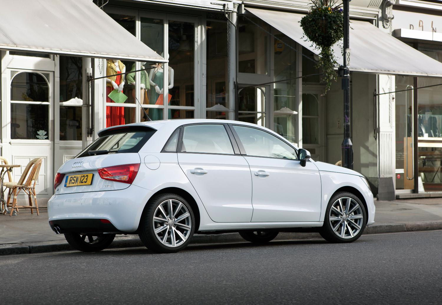 Used Audi A1 >> Audi A1 Sportback 1.4 TFSI Sport S tronic First Drive ...