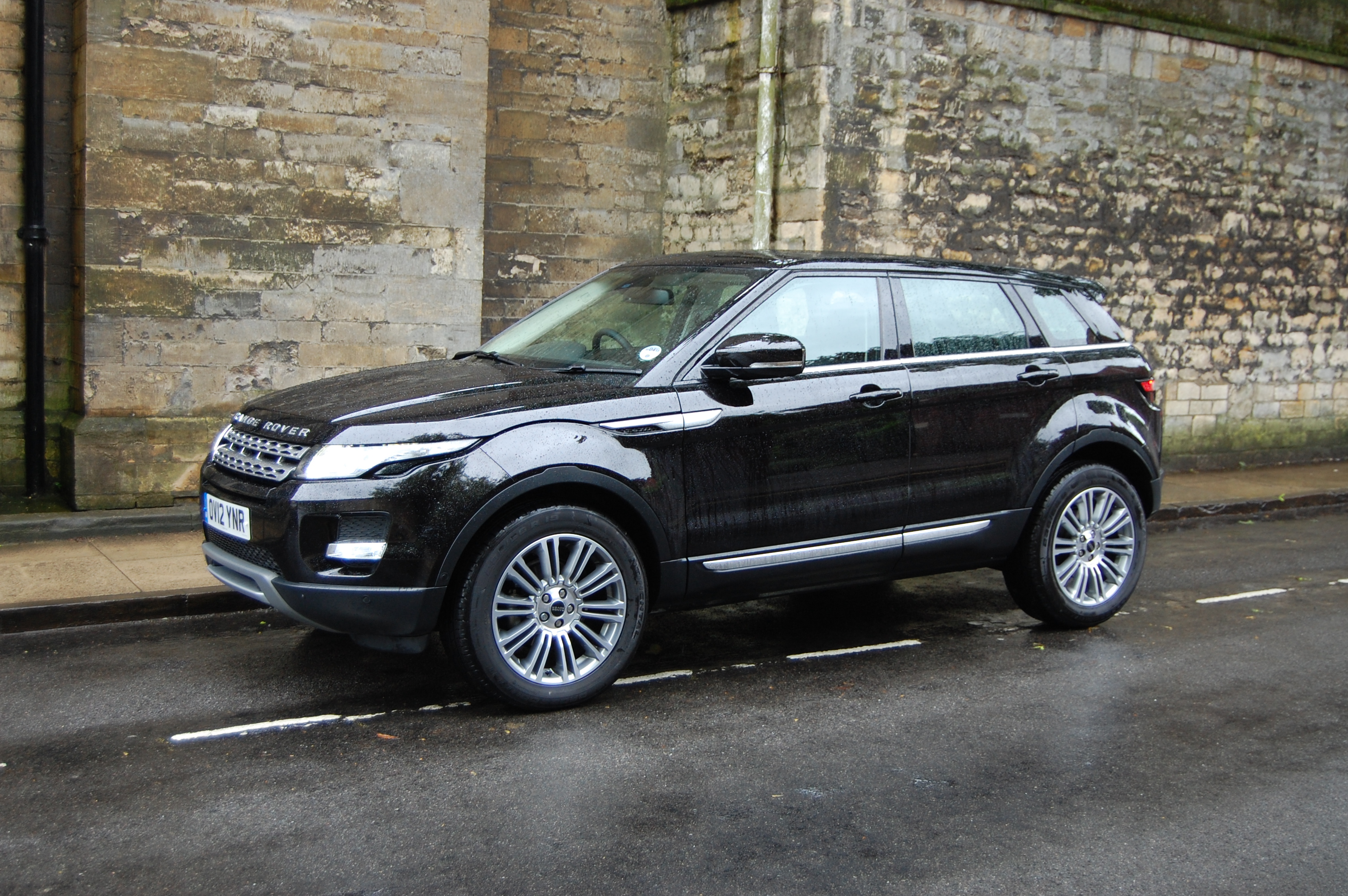 Land Rover Range Rover Evoque SD4 Prestige LUX Road Test