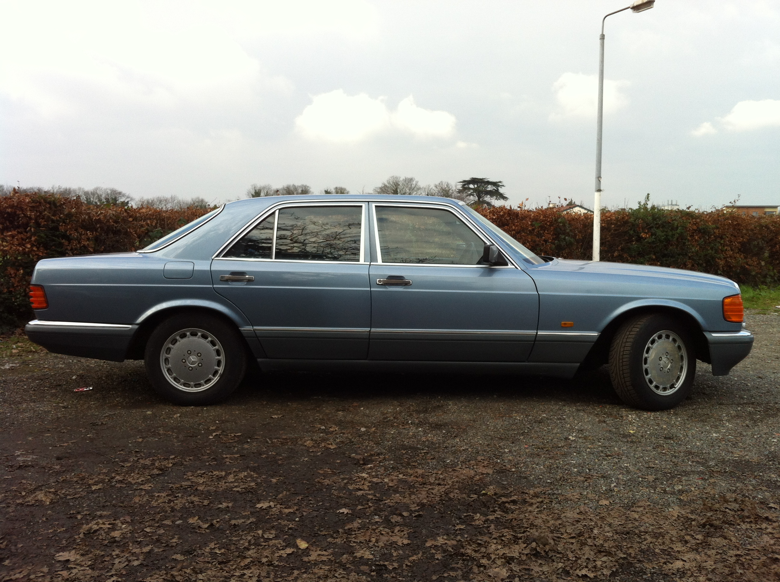 mercedes benz s w126 an s class act three decades on petroleum vitae
