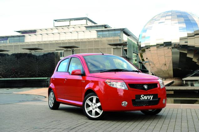 Proton's Savvy - do you own one and does it smell of Lavender to attract pensioners?