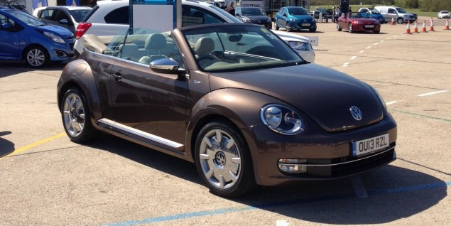Volkswagen Beetle Cabriolet - Brown? Well, it is the 70s Edition