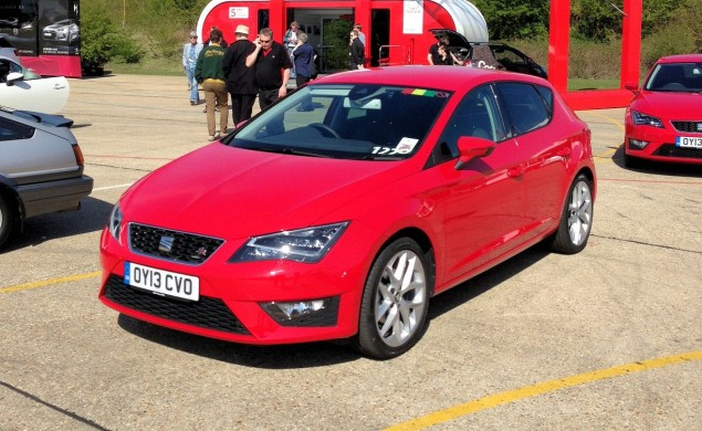 SEAT Leon FR - sharp suit for the third generation model