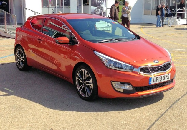 Kia's new pro_cee'd - appetiser for the 200bhp GT version