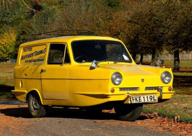 """Stick a pony in my pocket, I'll get the the suitcase from the (Reliant Super)van..."""