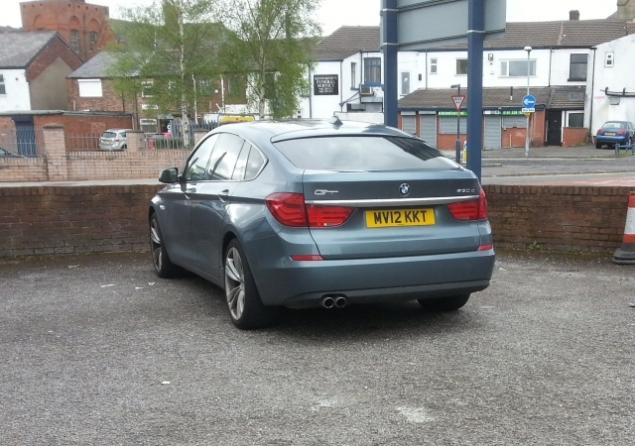 002 Article BMW 5-Series GT Oliver Hammond Petroleum Vitae Photo - rear green