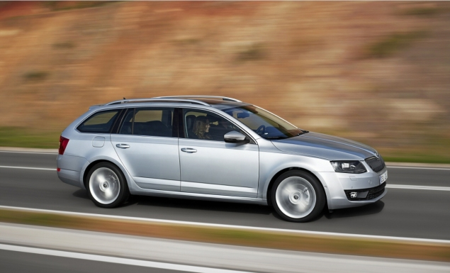 All New Skoda Octavia Kombi Estate road test review Liam Bird Keith Jones Petroleum Vitae blog writer - photo - side front