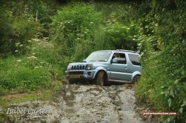 June 2014 Suzuki off road Yorkshire Outdoors Crathorne Swift 4x4 S-Cross Jimny Oliver Hammond Isabel Carter - photo - Jimny 14