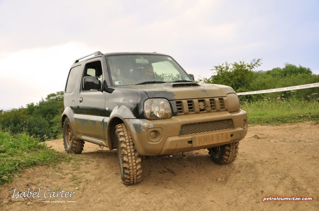 June 2014 Suzuki off road Yorkshire Outdoors Crathorne Swift 4x4 S-Cross Jimny Oliver Hammond Isabel Carter - photo - muddy Jimny