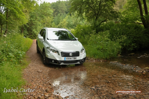 June 2014 Suzuki off road Yorkshire Outdoors Crathorne Swift 4x4 S-Cross Jimny Oliver Hammond Isabel Carter - photo - S-Cross 8