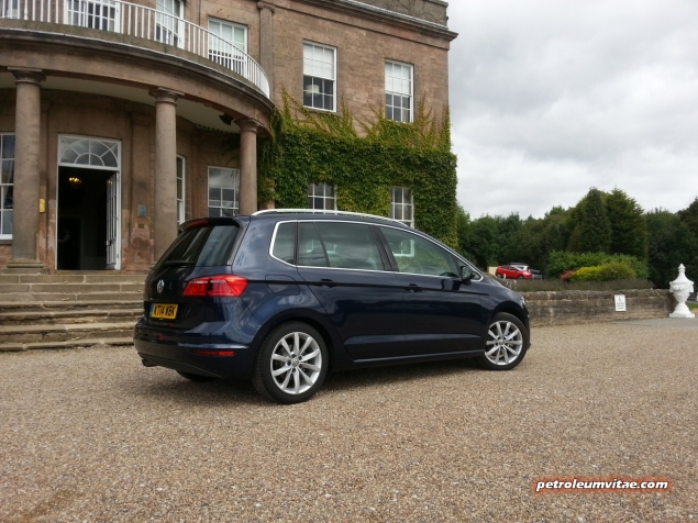 2014 August Volkswagen VW Tour media driving Wood Hall Wetherby first impressions road test drive review - photo - SV GT 2.0 TDI DSG venue 2