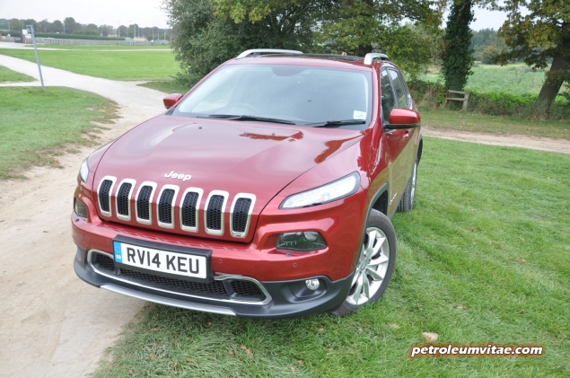 2014 SMMT North Jeep Cherokee 2 diesel 140 manual 4x4 first drive road test review Oliver Hammond Petroleum Vitae My Car Coach - photo - front 34c