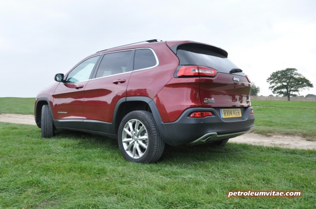 2014 SMMT North Jeep Cherokee 2 diesel 140 manual 4x4 first drive road test review Oliver Hammond Petroleum Vitae My Car Coach - photo - rear 34b