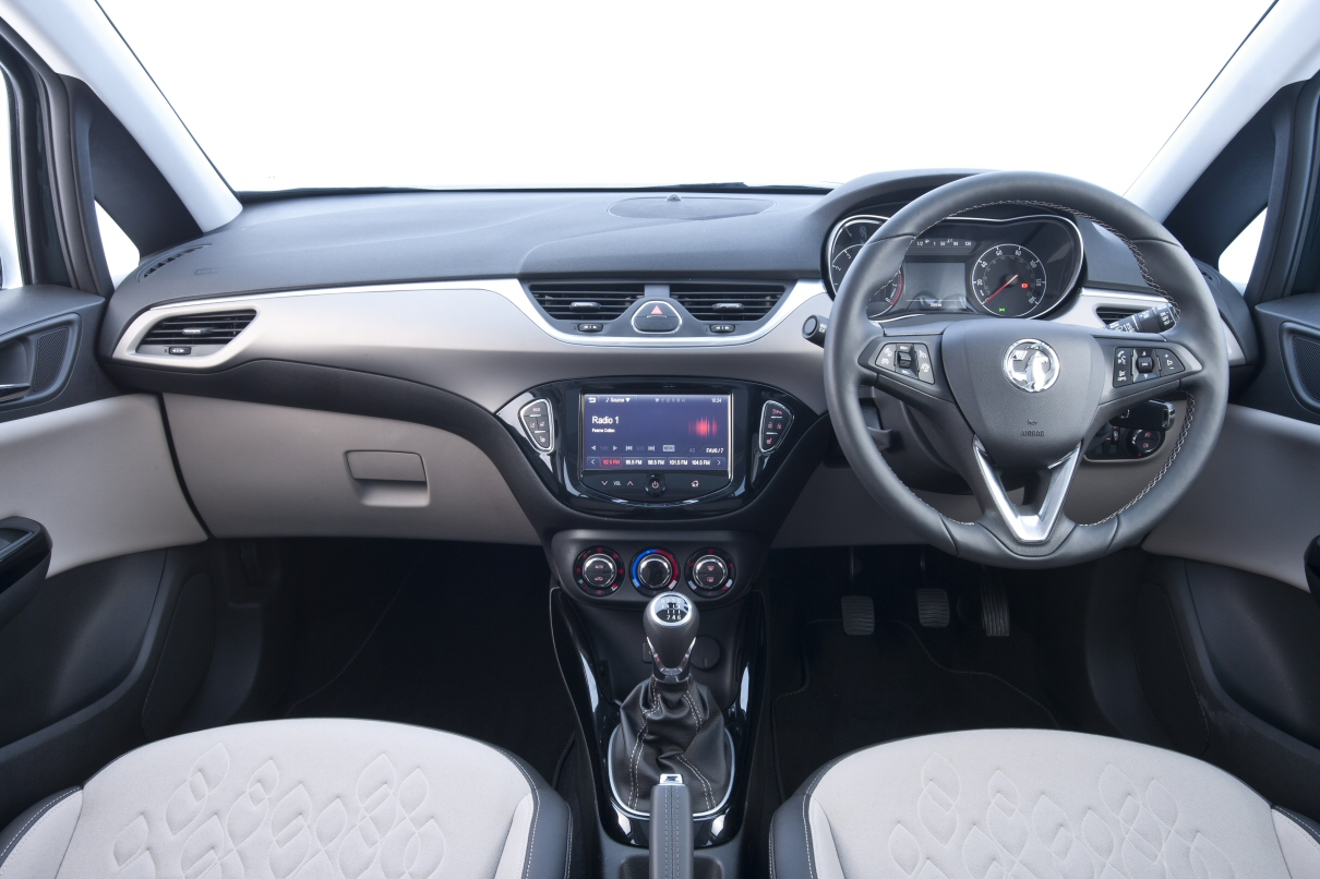 New for 2015 vauxhall corsa first impressions petroleum for Opel corsa e interieur
