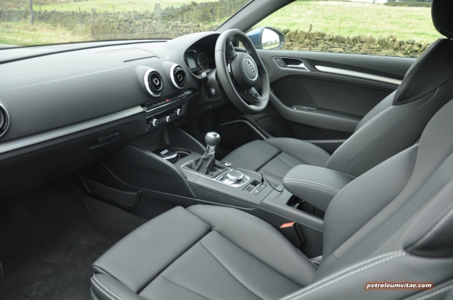 A3 1.4 TFSI CoD S line 150 PS manual full road test blogger review - photo - interior 1