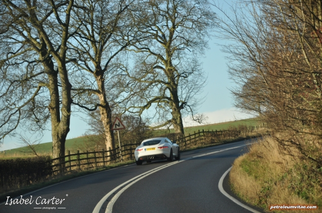 2014 3.0 litre V6 Supercharged Petrol 340PS Jaguar F-Type Coupe road test review blogger - photo - driven 3