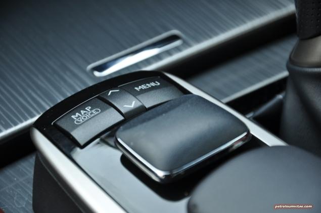 2014 Lexus GS300h-f F Sport road test review blogger - photo - menu mouse