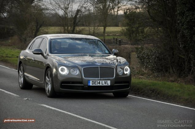 2014-15 Bentley Flying Spur V8 Mulliner road test review report freelance automotive motoring blogger journalist writer Oliver Hammond - photo wallpaper - driving 3