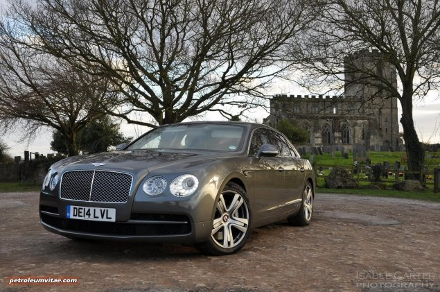 2014-15 Bentley Flying Spur V8 Mulliner road test review report freelance automotive motoring blogger journalist writer Oliver Hammond - photo wallpaper - front 34b