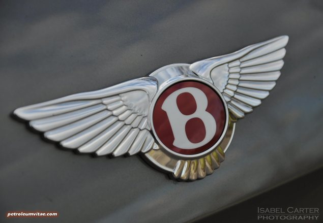 2014-15 Bentley Flying Spur V8 Mulliner road test review report freelance automotive motoring blogger journalist writer Oliver Hammond - photo wallpaper - red badge