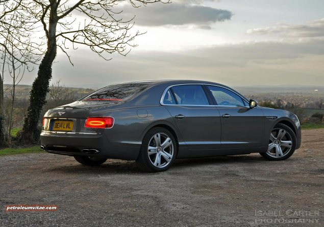 2014-15 Bentley Flying Spur V8 Mulliner road test review report freelance automotive motoring blogger journalist writer Oliver Hammond - photo wallpaper - side 2