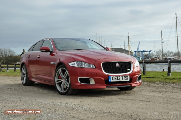 2014 2015 Jaguar XJR full road test review report blogger automotive writer freelance published motoring journalist Oliver Hammond photographer Isabel Carter - front 34