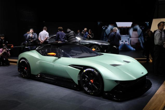 Geneva Motorshow 2015 Aston Martin Vulcan