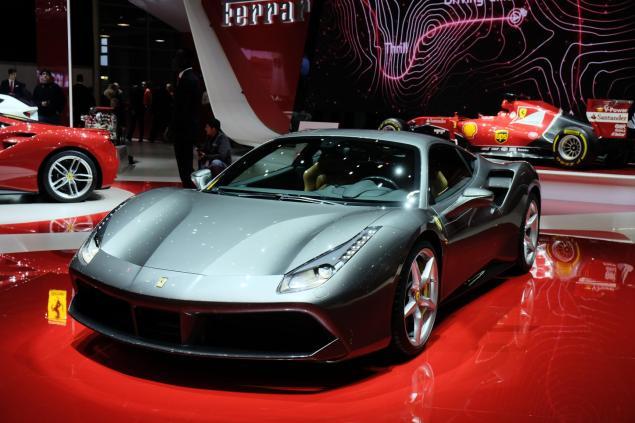 Geneva Motorshow 2015 Ferrari 488 GTB