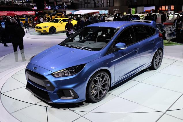 Geneva Motorshow 2015 new Ford Focus RS