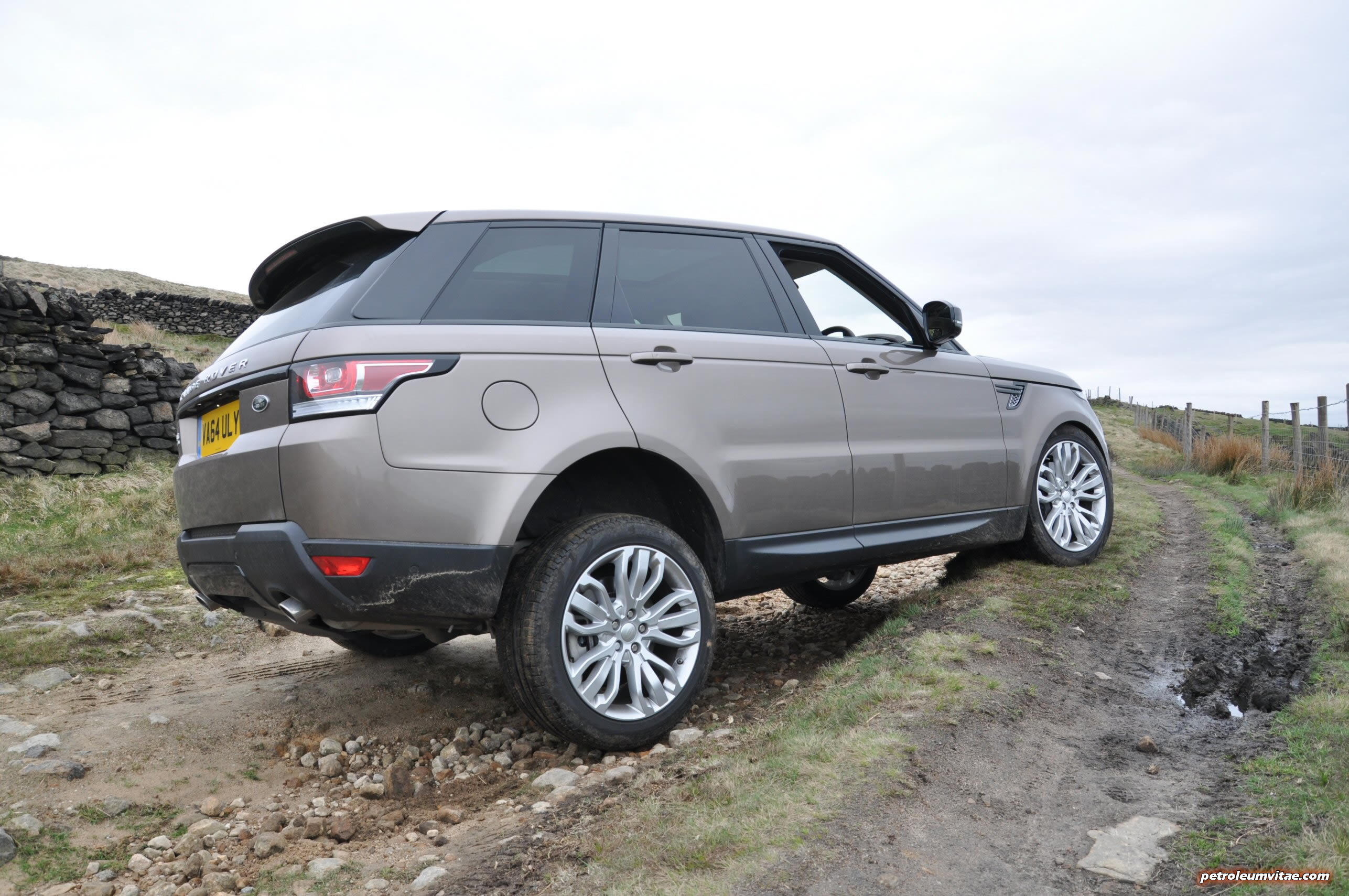 The Range Rover Sport SDV6 HSE Dynamic – Firm but fantastic