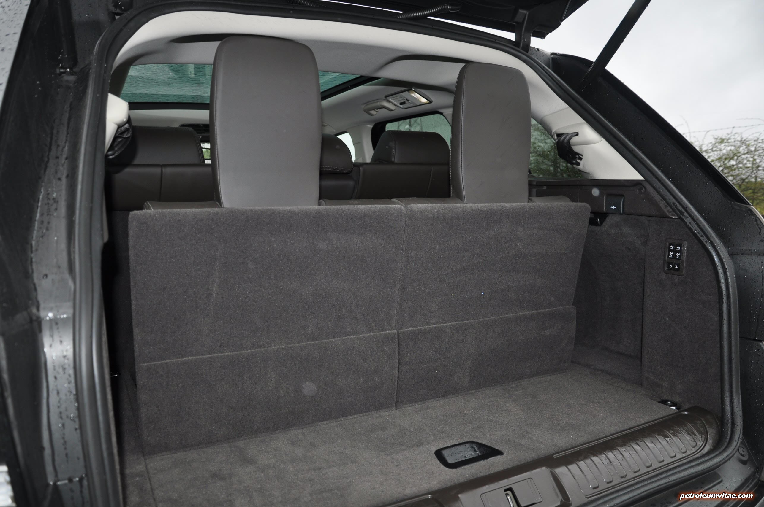 the range rover sport sdv6 hse dynamic firm but. Black Bedroom Furniture Sets. Home Design Ideas