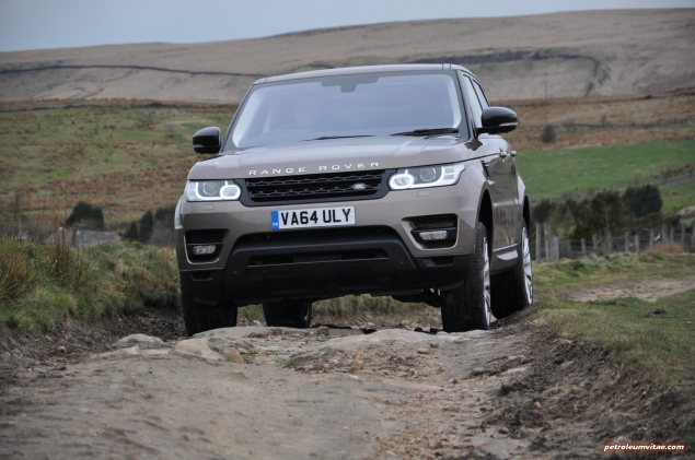 2015 Range Rover Sport SDV6 HSE Dynamic road test review report freelance motoring automotive journalist Oliver Hammond Manchester blogger wallpaper photo -  front