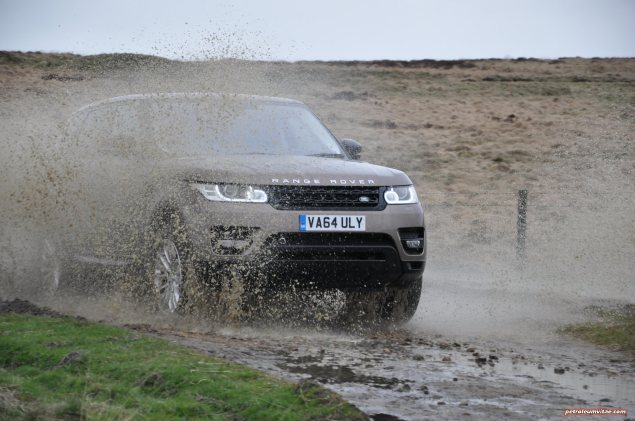 2015 Range Rover Sport SDV6 HSE Dynamic road test review report freelance motoring automotive journalist Oliver Hammond Manchester blogger wallpaper photo - mud splash 3