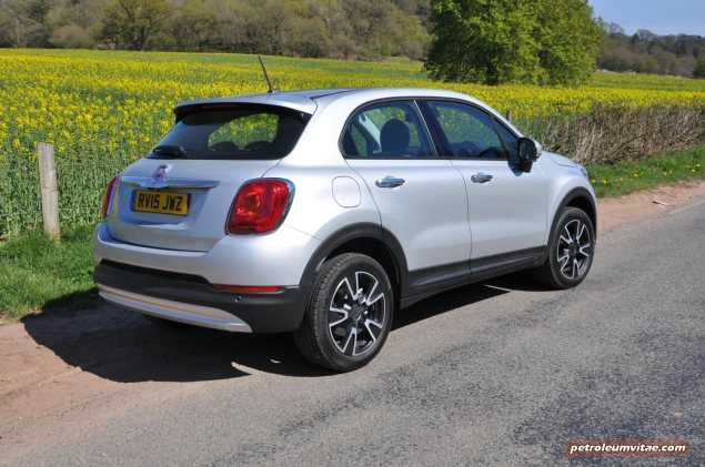 Fiat 500X UK launch first drive road test review report wallpaper photo by journalist Oliver Hammond for Petroleum Vitae blog 02