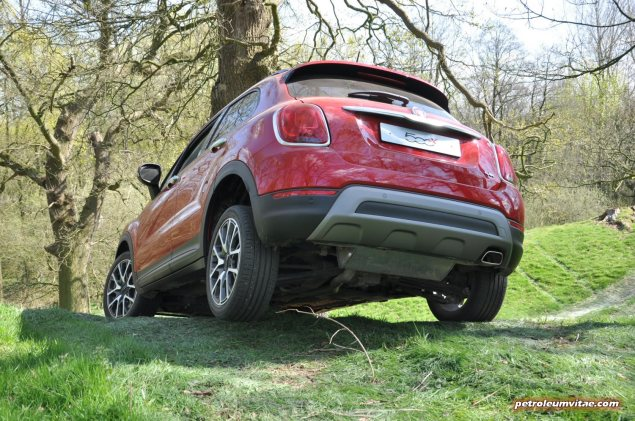 Fiat 500X UK launch first drive road test review report wallpaper photo by journalist Oliver Hammond for Petroleum Vitae blog 10