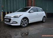 New Generation 2015 Hyundai i20 road test review report blogger journalist Carrot Insurance Oliver Hammond wallpaper photo image picture - front 34c