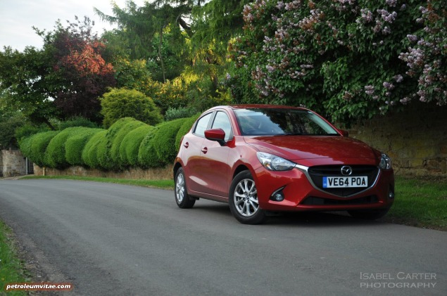 All-new 2015 Mazda2 1.5 90PS SE-L Nav full road test review evaluation report, freelance motoring blogger automotive journalist Oliver Hammond, wallpaper gallery photo - front 34c