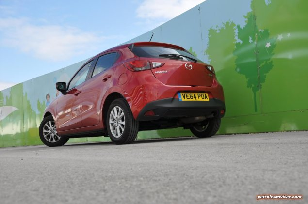 All-new 2015 Mazda2 1.5 90PS SE-L Nav full road test review evaluation report, freelance motoring blogger automotive journalist Oliver Hammond, wallpaper gallery photo - rear 34