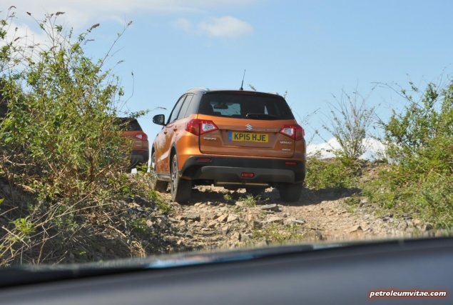 New 2015 Suzuki Vitara compact small SUV first drive UK review report blogger journalist automotive motoring writer wallpaper photos diesel petrol spec price rivals photo 04