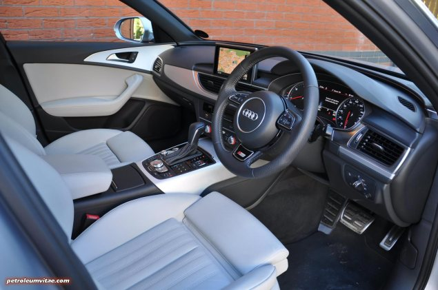 2015 Audi A6 Ultra 2.0 TDI S tronic full road test review Manchester blogger motoring automotive journalist Oliver Hammond, wallpaper photo - dashboard