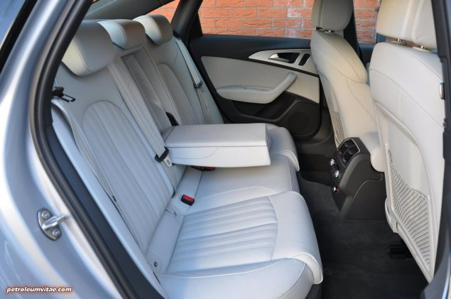 2015 Audi A6 Ultra 2.0 TDI S tronic full road test review Manchester blogger motoring automotive journalist Oliver Hammond, wallpaper photo - interior rear boot capacity