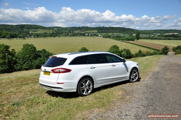 All-new 2015 Mk5 Mark V Ford Mondeo estate Titanium 2.0 Duratorq road test review blog journalist writer Oliver Hammond photos images handling engines litres practical boot rivals Mazda Skoda Passat 01