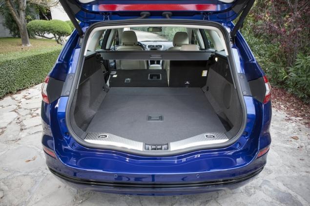 FordMondeo_Wagon_43