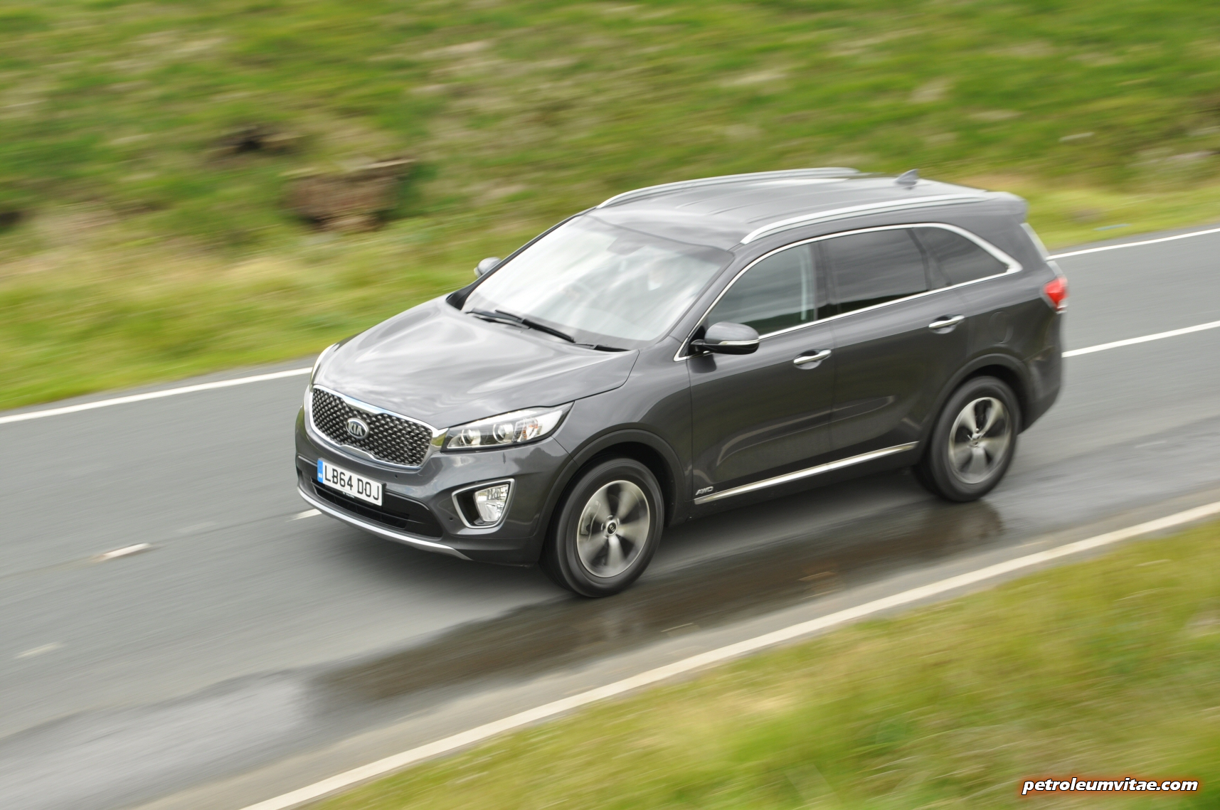 Kia Sorento: Driving with a trailer