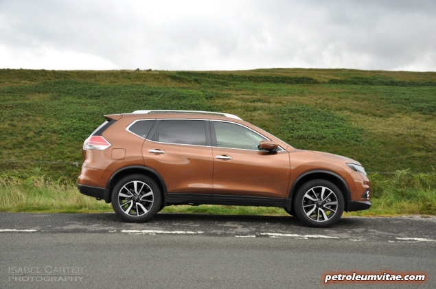 2015 Nissan X-Trail Tekna dCi 130 2WD diesel manual road test review comparison wallpaper photo 4