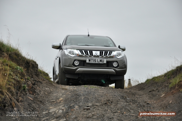 New Mitsubishi L200 Warrior Series 5 road test review - photo 04