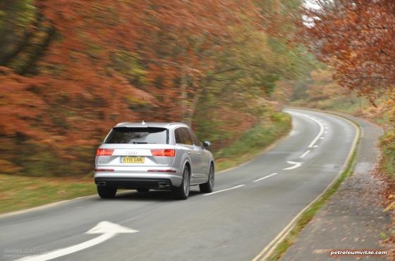 New Audi Q7 3.0 TDI quattro S line 272 PS tiptronic road test review photo wallpaper - exterior 7
